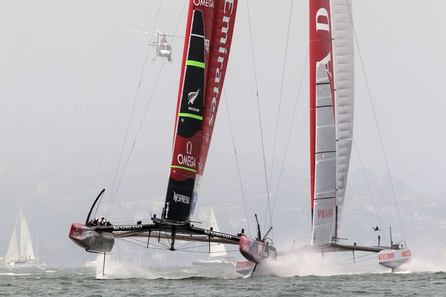 Luna Rossa Challenge battles Emirates Team New Zealand during the Louis Vuitton Cup Finals race number 2 in San Francisco, California, Sunday August 18, 2013. Photo: Michael Short, Special To The Chronicle