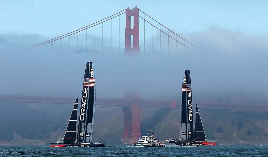 The fog comes on little catamaran feet: Oracle Team USA practices before the second 