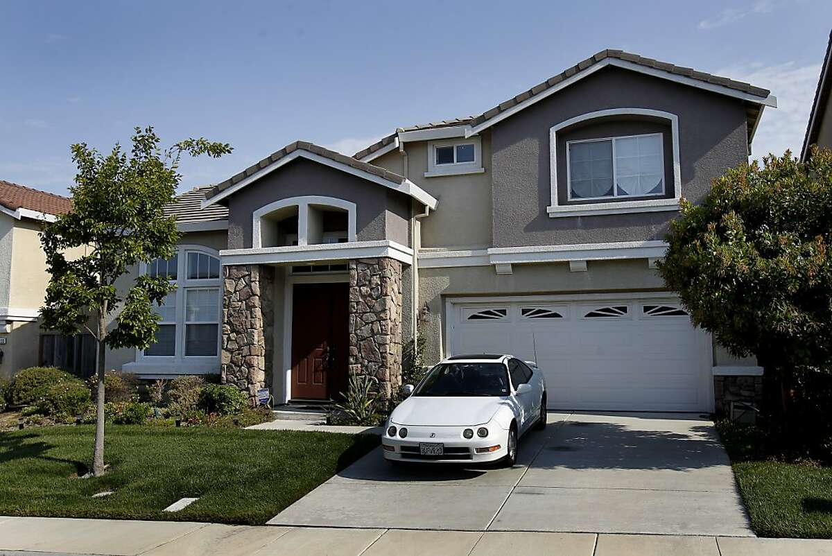 This home in the Richmond Country Club area of Richmond was originally sold for $982,500 and now has a loan balance of $781,996. The home looks well kept and landscaped Monday August 19, 2013. These homes in Richmond, Calif. the city wants to acquire by eminent domain.
