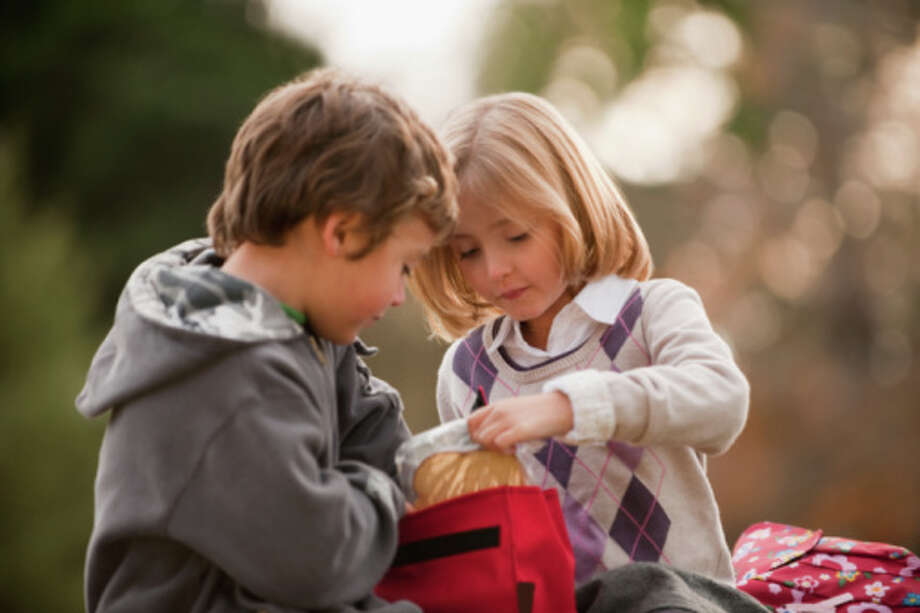 8. Communicate with kids on what they like and don't like. Ask them what their friends are packing and what they want to try. Photo: Mark Edward Atkinson, Getty Images / Blend Images