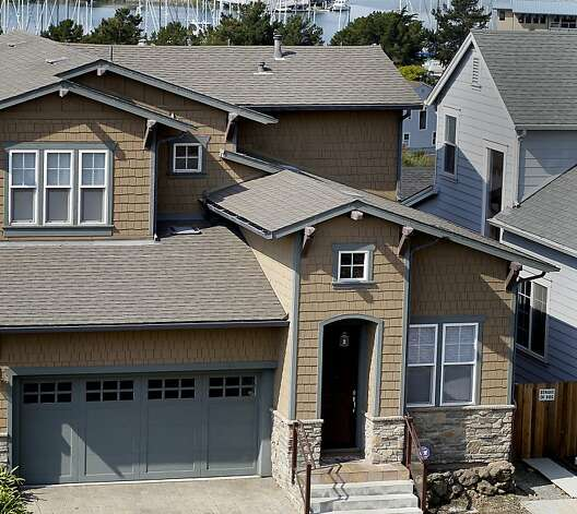 pricey homes in richmond 39 s eminent domain plan sfgate. Black Bedroom Furniture Sets. Home Design Ideas