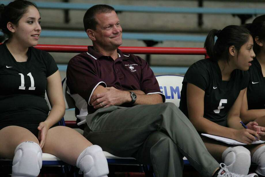 Greg Gibson was all smiles last season as his squad went undefeated in District 21-4A competition, but he knows that, with targets on their backs this year, they'll be hard pressed to repeat that lofty performance. Photo: Kenzie DelaTorre, Freelance