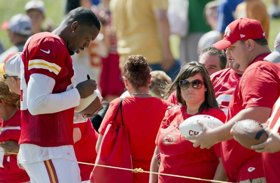 Chiefs wide receiver Jon Baldwin (89) signs autographs following Kansas City's summer training camp at Missouri Western State University in St. Joseph, Missouri, Sunday, July 28, 2013 Photo: David Eulitt, McClatchy-Tribune News Service