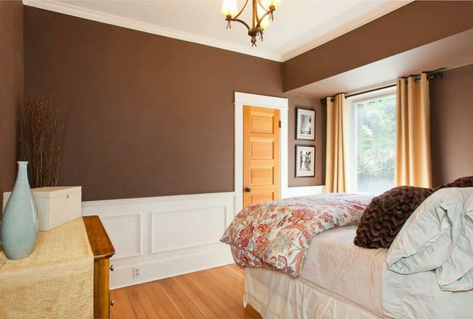 Bedroom of 109 Newell St. It's listed for $595,000. Photo: Courtesy Ellen Gillette, Windermere Real Estate