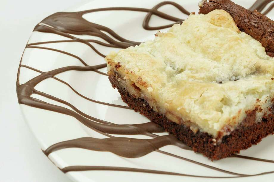 Easy 175 Cake is more of a brownie. Photo: Michael Paulsen, Staff / © 2013 Houston Chronicle