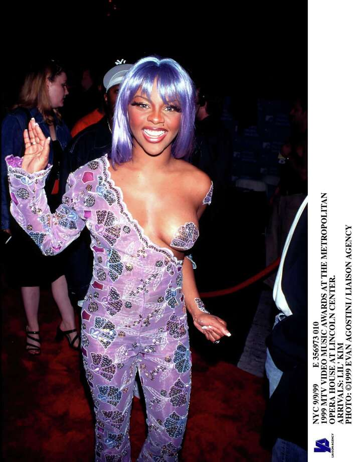 1999: Lil' Kim arrives. Photo: Evan Agostini, Getty Images / Hulton Archive