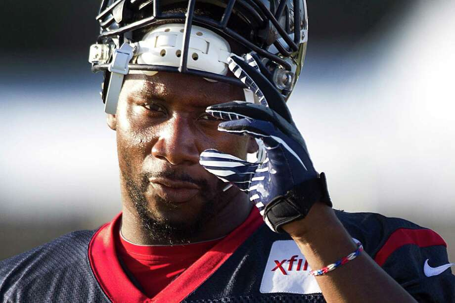 Barring a successful appeal of his suspension, we've seen the last of Texans defensive end Antonio Smith until the Week 2 game against the Titans at Reliant Stadium. Photo: Brett Coomer, Staff / © 2013 Houston Chronicle