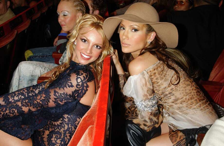 2001: Britney Spears and Jennifer Lopez. Photo: KMazur, WireImage / WireImage