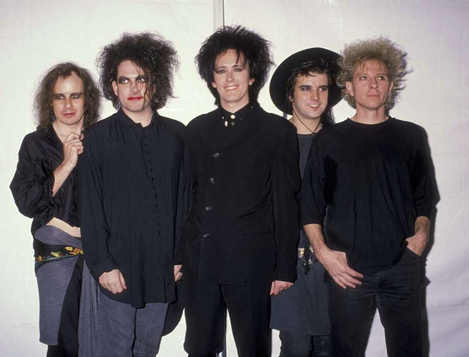 1989: The Cure attends. Photo: Ron Galella, Ltd., WireImage / 1989 Ron Galella, Ltd.