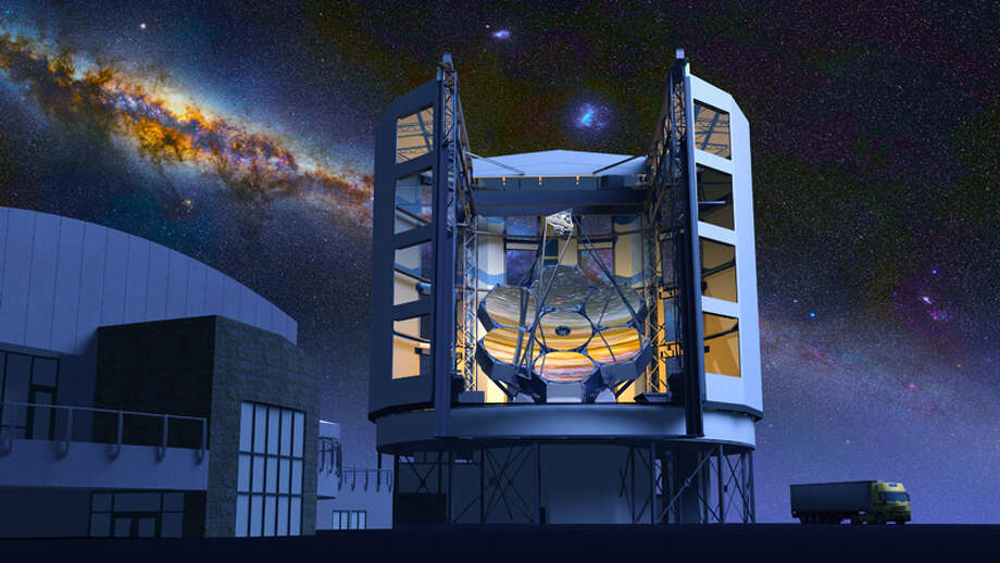 The Giant Magellan Telescope is planned to be so large that its enclosure, slated to be built atop a mountain in a Chilean desert, would tower above the Astrodome. Photo: GMTO Corporation / ONLINE_YES