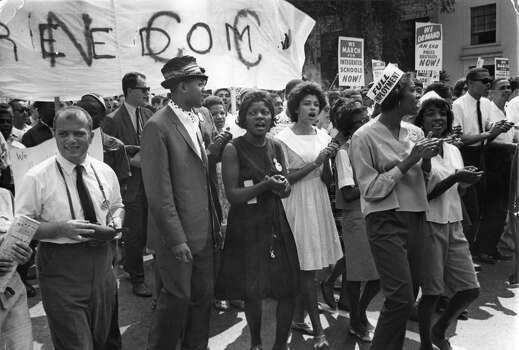 Civil rights protestors marching from the Washington Monument to the Lincoln Memorial, where the March on Washington climaxed in Rev. Martin Luther King Jr.'s 'I Have A Dream' speech. Photo: Kurt Severin, Getty Images / Hulton Archive