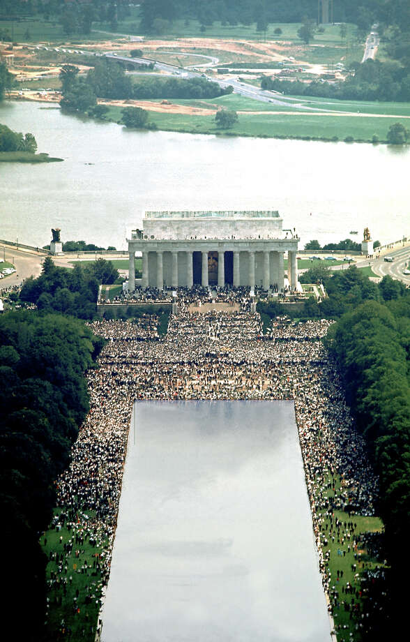 Overview of crowd on the mall in front of Lincoln Memorial during Rev. Martin Luther King Jr.'s famous 'I Have A Dream' speech August 28, 1963. Photo: Bob Gomel, Time & Life Pictures/Getty Image / Bob Gomel