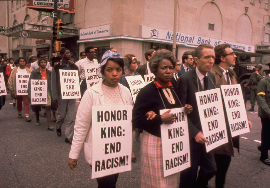 Protestors in a march following the murder of Rev. Martin Luther King in 1968. Photo: Art Shay, Time & Life Pictures/Getty Image / Art Shay