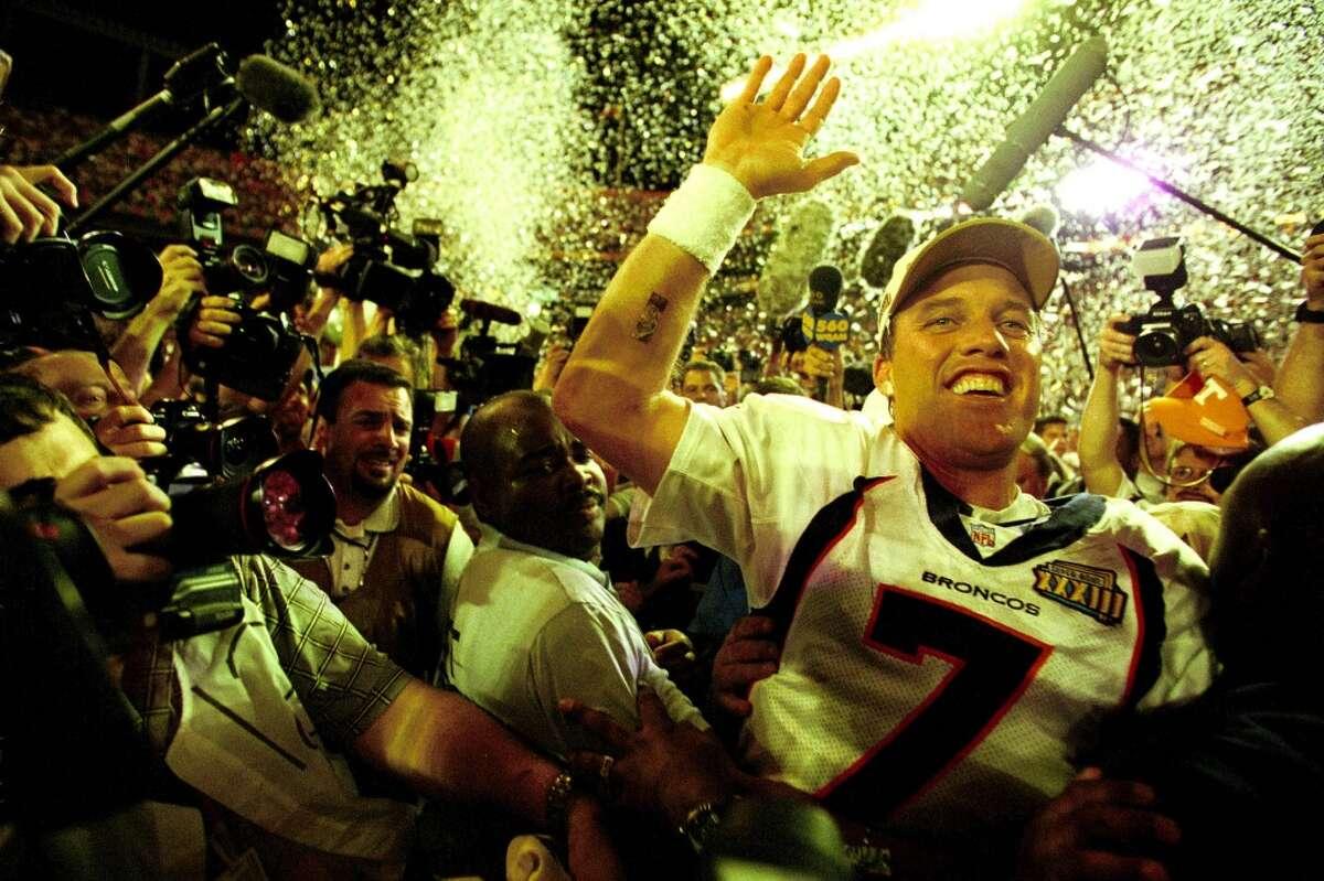 John Elway Denver Broncos 2 - XXXII, XXXIII