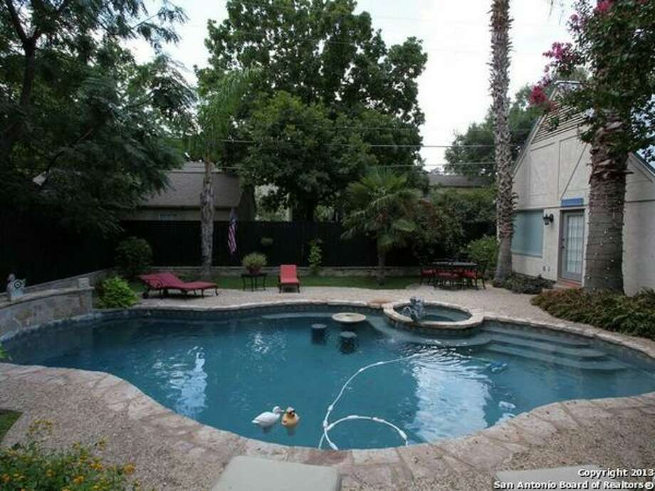 500 E Olmos Dr. San Antonio, TX 78212-2553 Photo: San Antonio Board Of Realtors