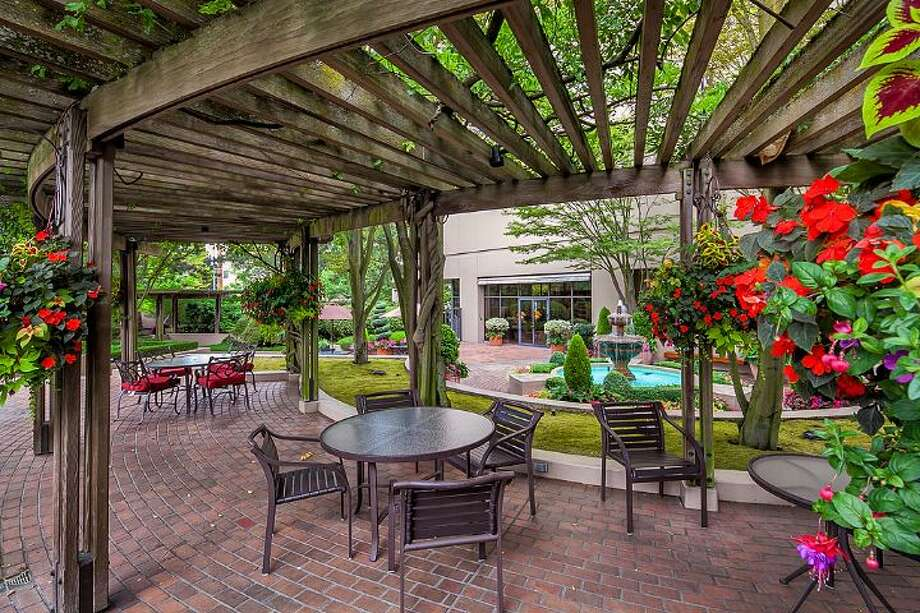 Patio of First Hill Plaza, at 1301 Spring St. Photo: Courtesy Catherine Adams, Windermere Real Estate