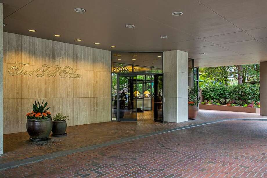 Entry of First Hill Plaza, at 1301 Spring St. Photo: Courtesy Catherine Adams, Windermere Real Estate