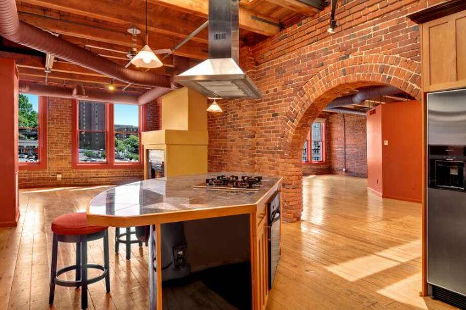 Kitchen of 210 3rd Ave. S., unit 5d. It's listed for $1.15 million. Photo: Courtesy Jeff J. Reynolds, Windermere Real Estate