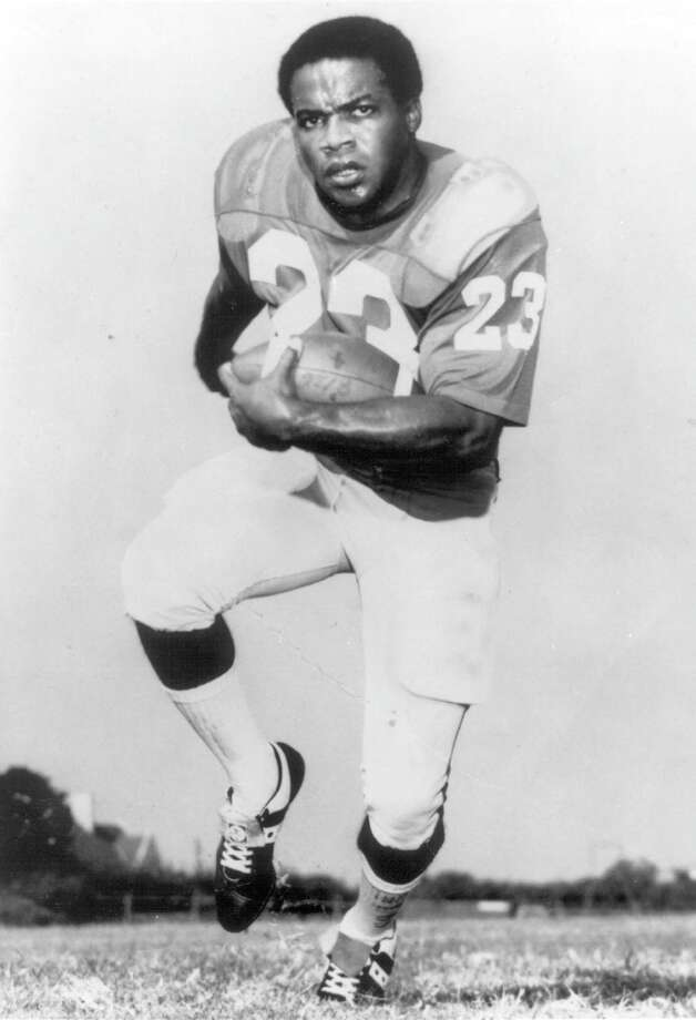 Jerry LeVias (#23) of the Southern Methodist Mustangs poses before a circa 1960s game. LeVias played for Southern Methodist from 1965-67. Photo: Collegiate Images, Collegiate Images/Getty Images / 2005 Southern Methodist University
