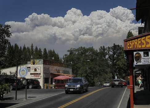as the more than 16,000 acre wildfire continues to grow near Groveland, Ca., Tuesday August 21, 2013. Photo: Michael Macor, San Francisco Chronicle