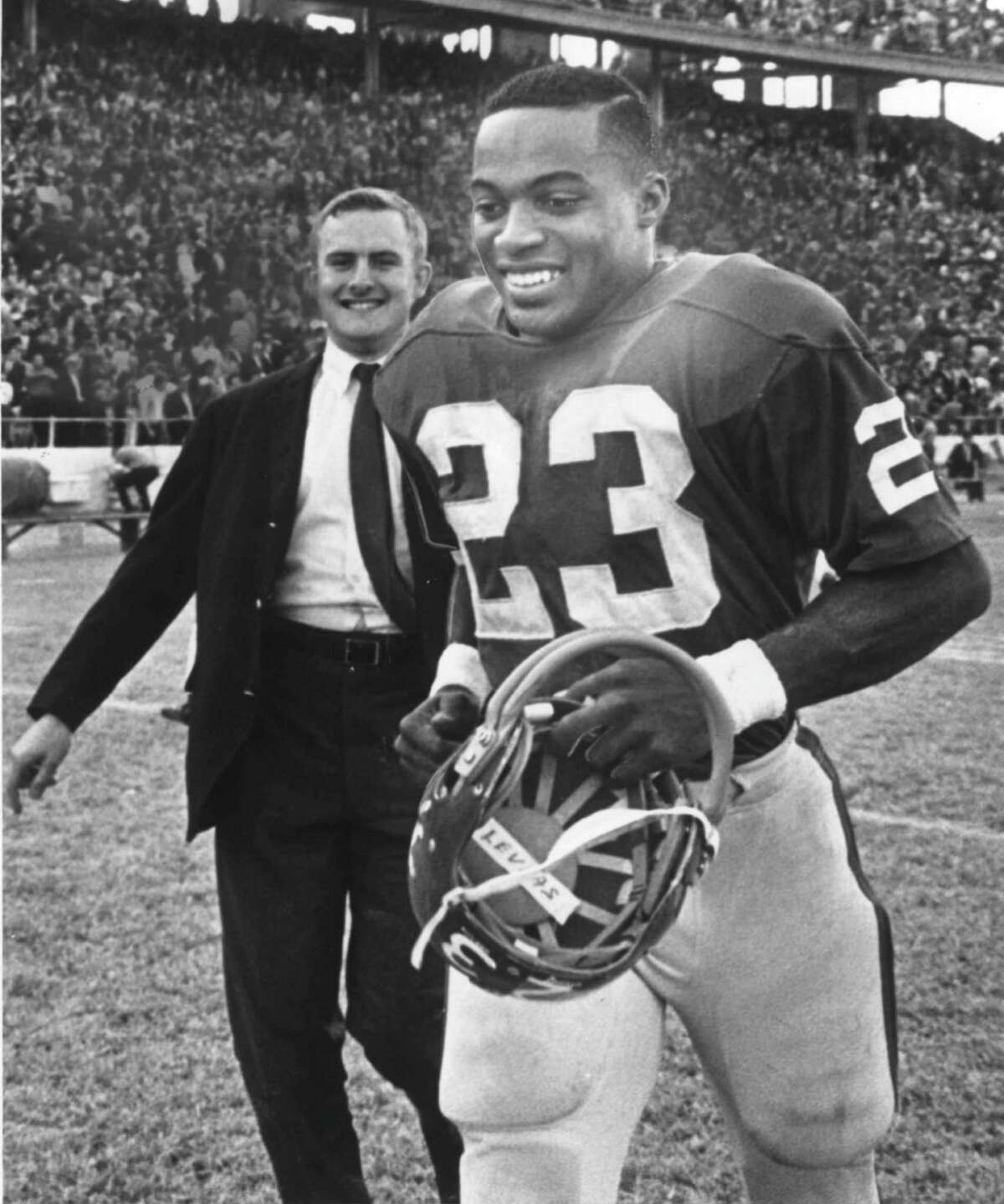 Jerry LeVias broke barriers and plenty of tackles during his difficult stint at SMU from 1965 to '68.