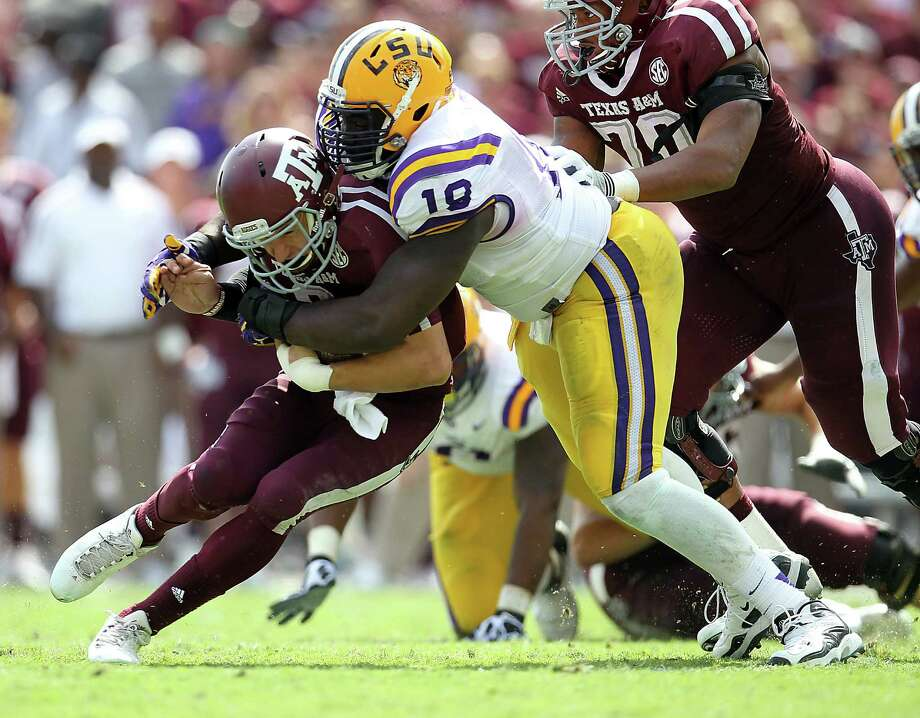 LSU defeated Johnny Manziel and Texas A&M last October at Kyle Field. The matchup will fall on Thanksgiving in 2014. Photo: Karren Warren / Houston Chronicle