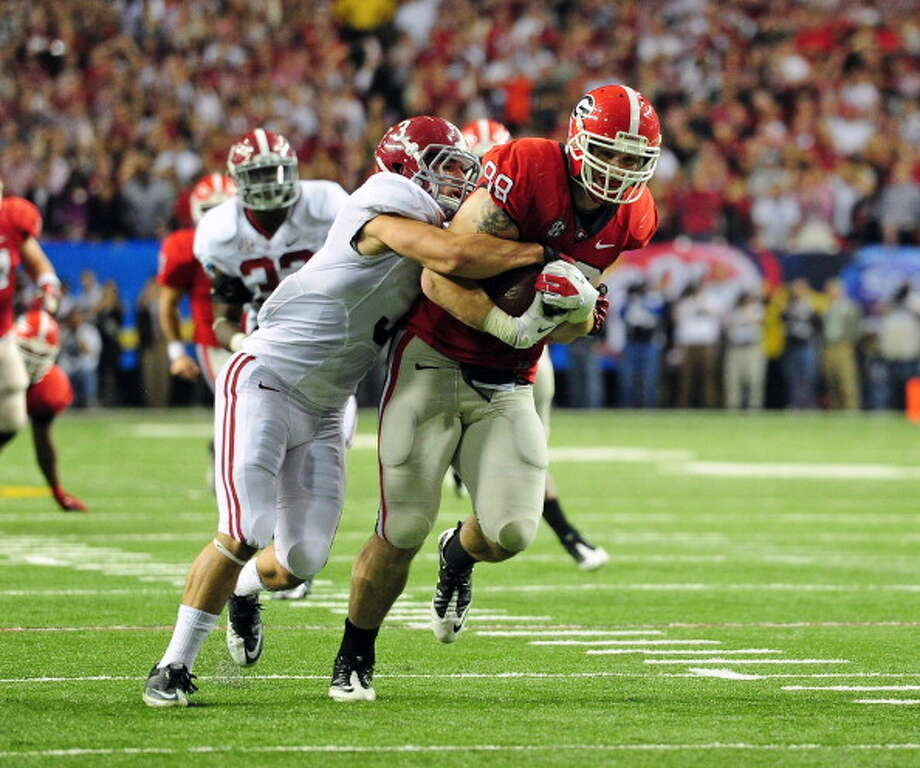 First-Team Offense  TE - Arthur Lynch. Georgia Photo: Scott Cunningham, Getty Images / 2012 Scott Cunningham