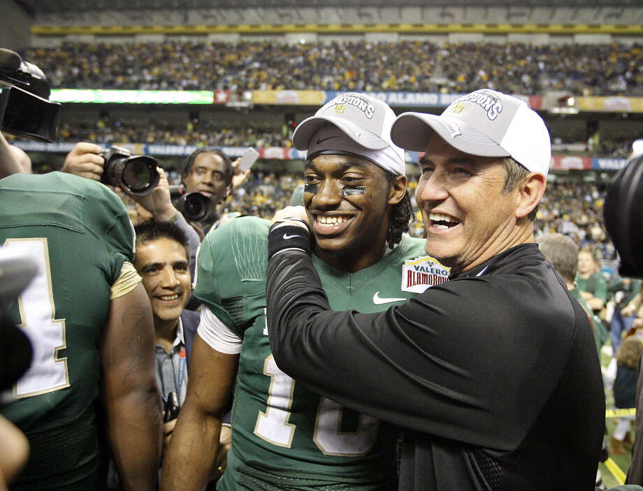 The arrival of coach Art Briles and Robert Griffin III has paid huge dividends for the Baylor athletic program. Photo: Edward A. Ornelas / San Antonio Express-News