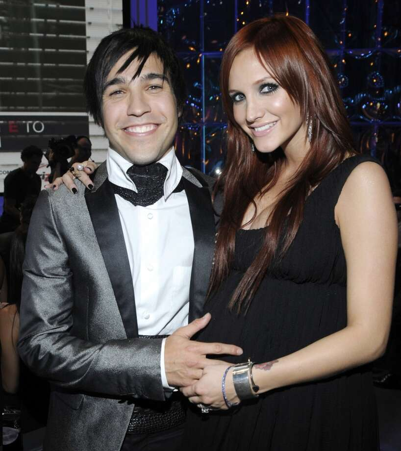 Ashlee Simpson and Fall Out Boy's Pete Wentz at the 2008 VMAs. Simpson is pregnant here with the couple's son Bronx. They split in 2011. Photo: Kevin Mazur, WireImage