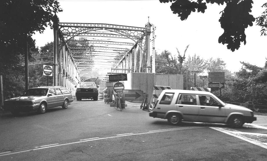 Cars pass over the Riverside Avenue bridge headed south on Aug. 25, 1988, one day before the direction of traffic over the span was reversed at the request of neighbors. The bridge was under reconstruction. Photo: Greenwich Time