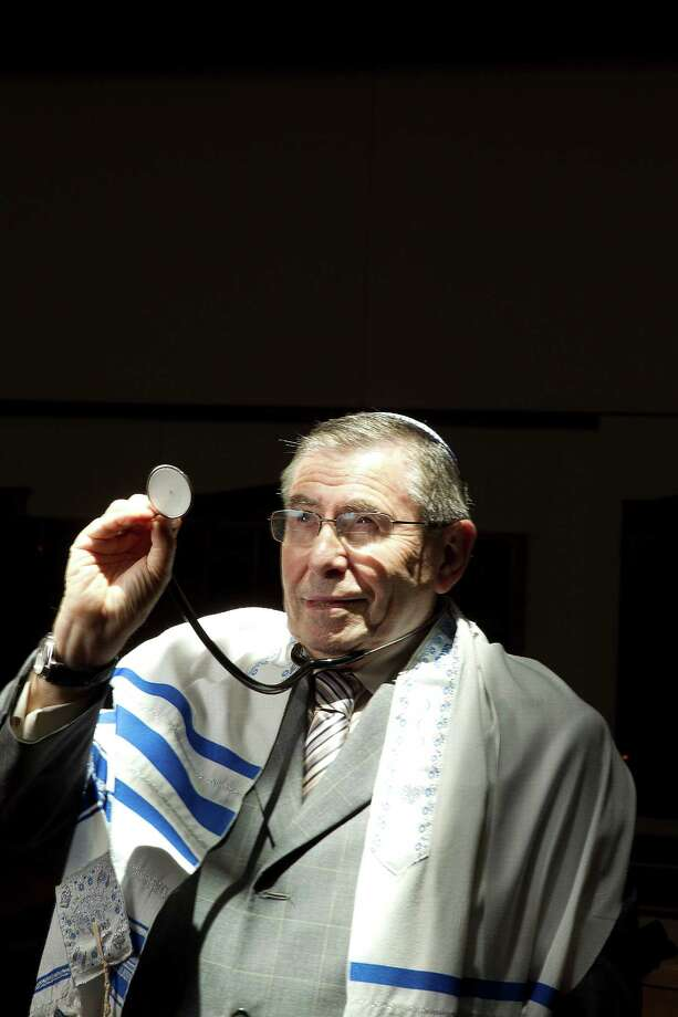 Dr. Harvey Rosenstock, 73, a longtime psychiatrist, recently became an ordained rabbi. Photo: James Nielsen, Staff / © 2013  Houston Chronicle