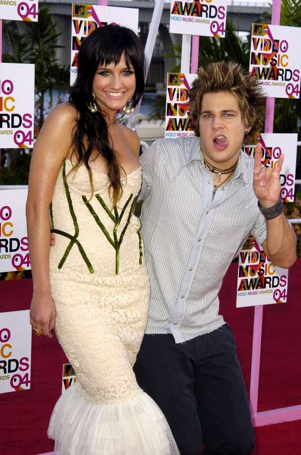 Ashlee Simpson and Ryan Cabrera during 2004 MTV Video Music Awards. Remember Ryan Cabrera? Yeah, we don't really either. Photo: SGranitz, WireImage