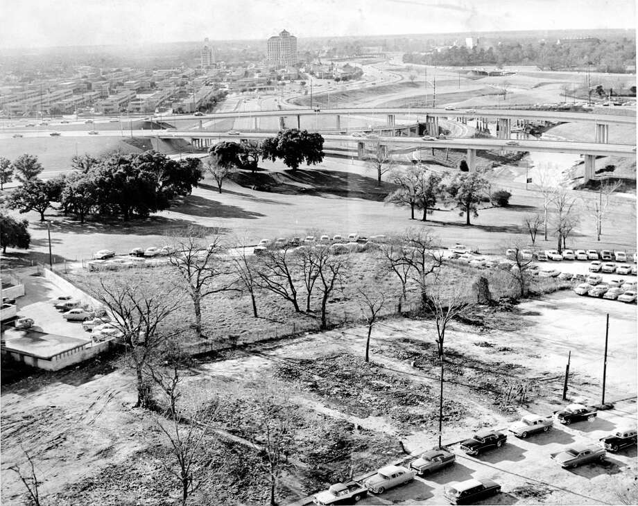 December 1959: Masonic Cemetery is now surrounded by Houston city property. Photo: Dell Van Dusen, Houston Chronicle