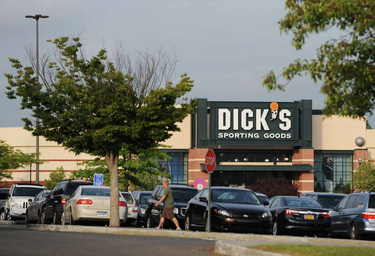 Dick's Sporting Goods U.S. locations: 644Thanksgiving hours: 6p.m. to 2a.m.Source: 24/7 Wall St.