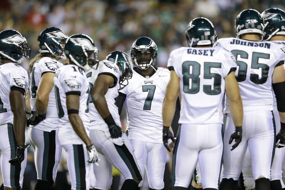 "10. Philadelphia EaglesThe Eagles have turned to the darker shade of green to go along with black and white. Many fans miss the ""kelly green"" color scheme from the late 80s and early 90s. Photo: Matt Rourke, Associated Press"