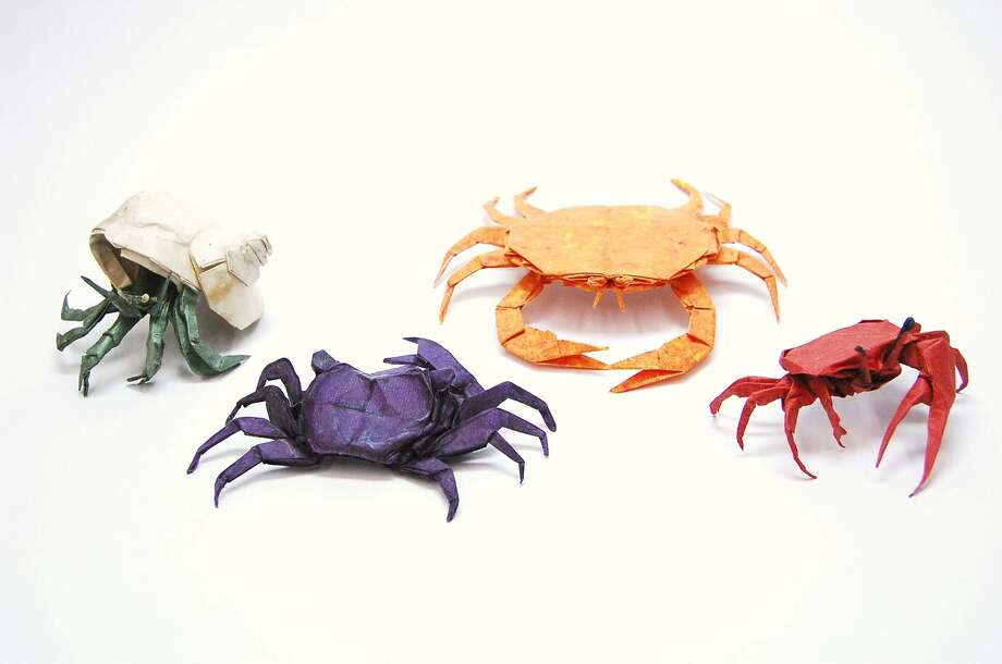 Brian Chan, Crabs, folded paper, courtesy the artist