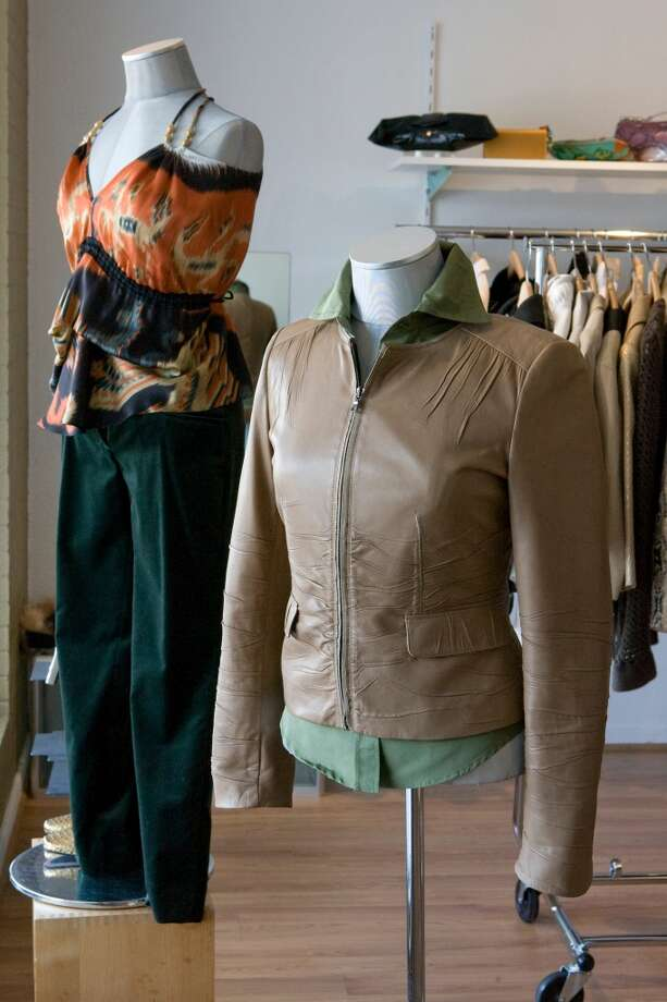 COUTURE BLOWOUT