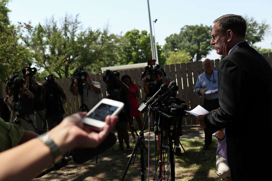 Tom Rheinlander, Fort Hood Director of Public Affairs, makes a statement to the media after the trial for Maj. Nidal Hasan was abruptly recessed at Fort Hood in Killeen on Wednesday, August 7, 2013. Photo: Lisa Krantz, San Antonio Express-News / San Antonio Express-News