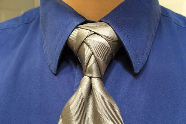 14 Step Eldredge Knot Makes Fashion Statement Houstonchronicle Com