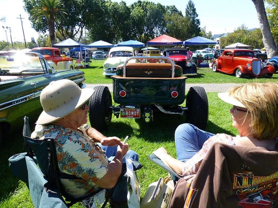 Doc and Vonnie Parsons, seated behind their 1923 Ford.