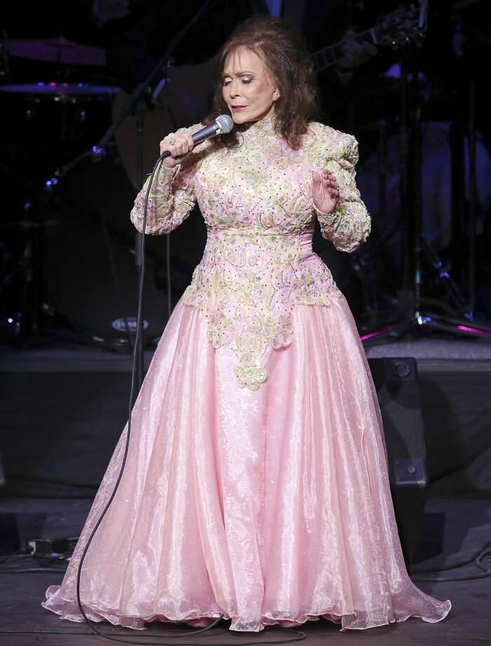 Loretta Lynn performs Friday Aug. 23, 2013 at the Majestic Theatre. Photo: San Antonio Express-News