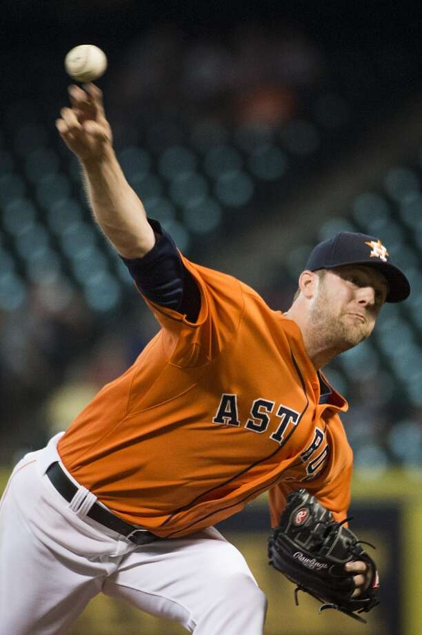 Astros starting pitcher Jordan Lyles pitches. Photo: Smiley N. Pool, Houston Chronicle