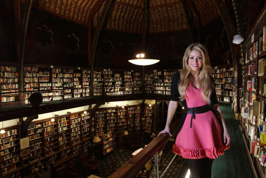 Colombian pop star Shakira attends photocall as she addresses the Oxford Union regarding her charity Barefoot, which works to improve education for underprivileged children on December 7, 2009 in Oxford, England.  (Photo by Mike Marsland/WireImage) Photo: Mike Marsland, WireImage