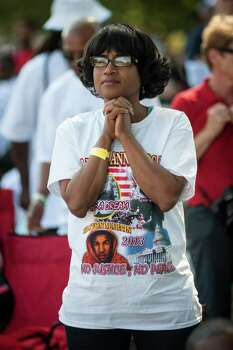 Paulette Hobbs, of Linden, New Jersey, listens intently to one of the speakers at the celebration of the 50th anniversary of the March on Washington at the Lincoln Memorial in Washington, D.C., Saturday, August 24, 2013. Photo: Andre Chung, McClatchy-Tribune News Service / MCT