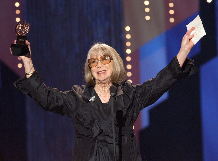 """Julie Harris celebrates her special Tony Award for Lifetime Achievement in the Theatre during the 2002 Tony Awards. The actress said she """"found God in the theater."""" Photo: SUZANNE PLUNKETT, STF / AP"""