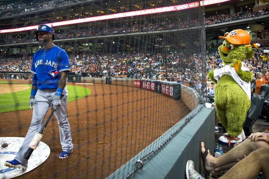 Astros mascot Orbit tries to distract Blue Jays shortstop Jose Reyes in the on deck circle. Photo: Smiley N. Pool, Houston Chronicle