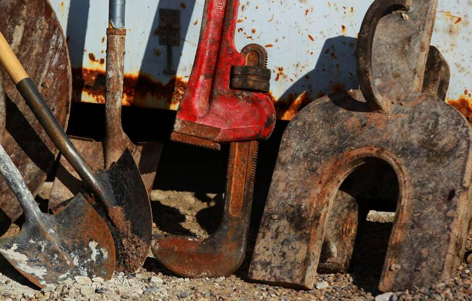 Tools used in day to day operations od the Barrett Brothers number 1 drilling rig are stored in a shed. The rig is located in Presidio County. Photo: JOHN DAVENPORT, SAN ANTONIO EXPRESS-NEWS