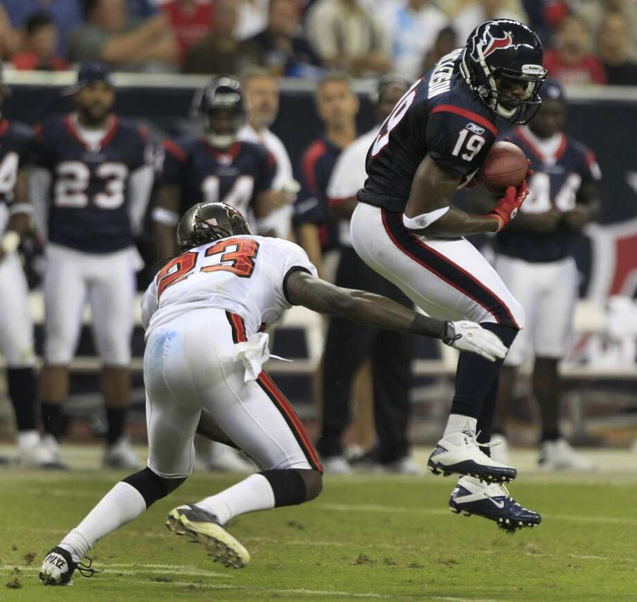 19  Dorin Dickerson, WR, 2010  Others to wear No. 19: Edell Shepherd, WR, 2006 Charlie Adams, WR, 2006 Photo: Brett Coomer, Houston Chronicle