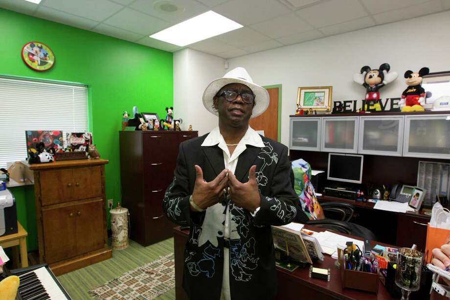 Atherton Elementary School principle Dr. Albert Lemons gives a tour of his office at the new school on Wednesday, Aug. 21, 2013, in Houston. Photo: J. Patric Schneider, For The Chronicle / © 2013 Houston Chronicle