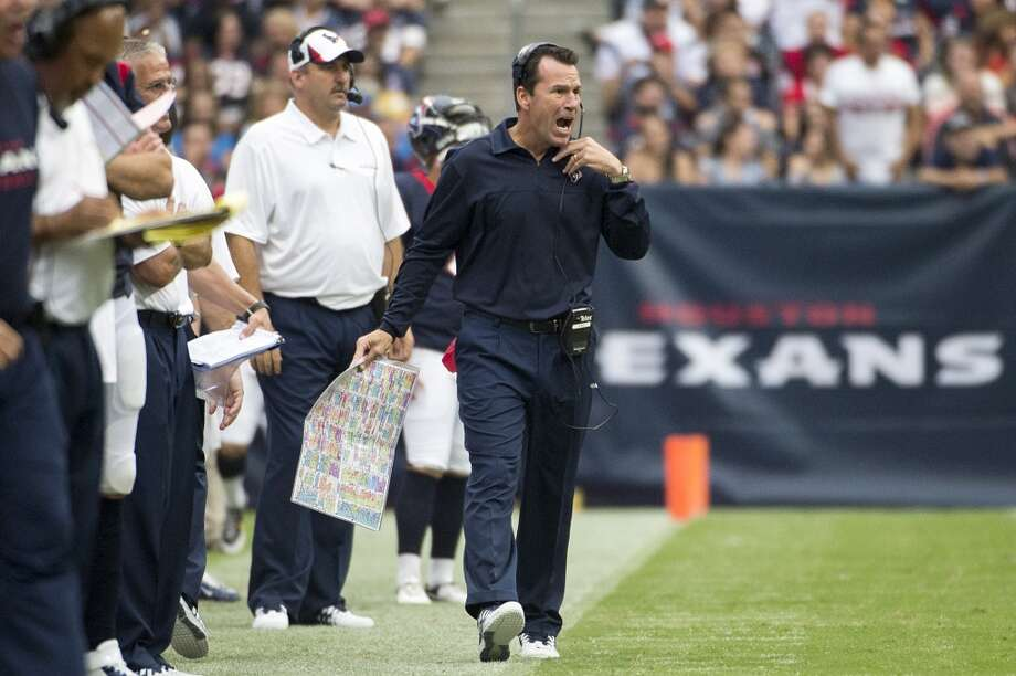 Texans head coach Gary Kubiak shouts from the sidelines. Photo: Smiley N. Pool, Houston Chronicle